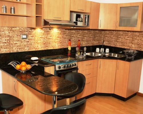 Cocinas empotrada for Modelos de ceramica para cocina